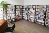 Obrázek místnosti knihovny